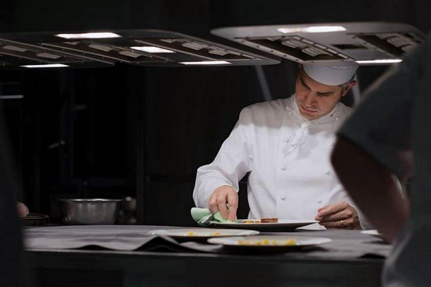 Benoit Violier of Switzerland's three-star Michelin restaurant, Restaurant de l'Hotel de Ville, was found dead at his home on Sunday (Jan 31).