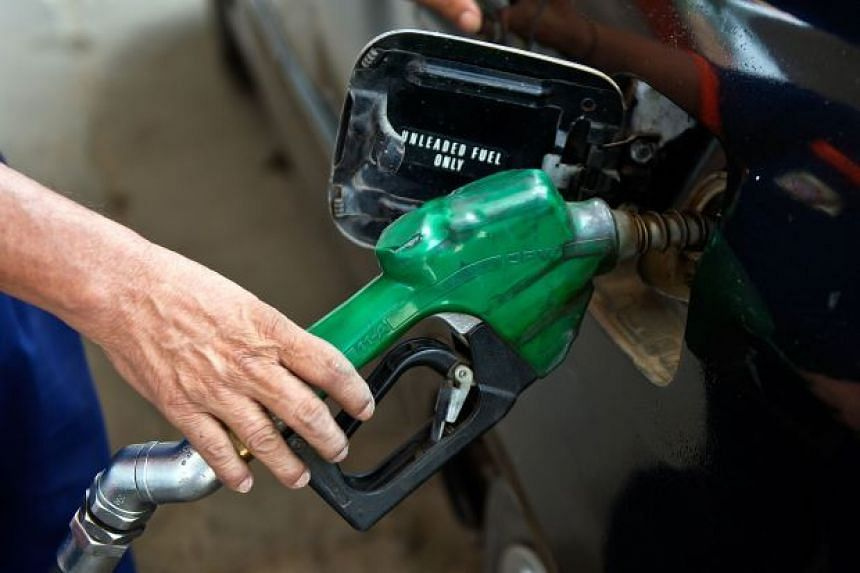 RON95 will be priced at RM1.75 (S$0.60) per litre from Feb 1, a decrease of 10 sen from January.