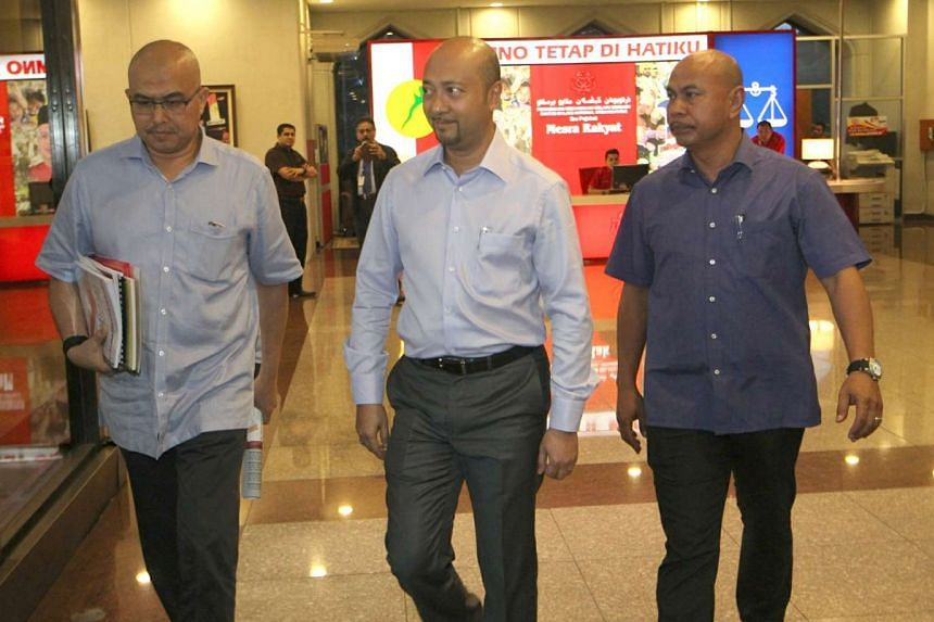 Kedah Menteri Besar Mukhriz Mahathir (middle) was at the Putra World Trade Centre for Umno's Supreme Council meeting last Friday, but left less than an hour later. According to Kedah political sources, the Regency Council meeting in Alor Setar tomorr