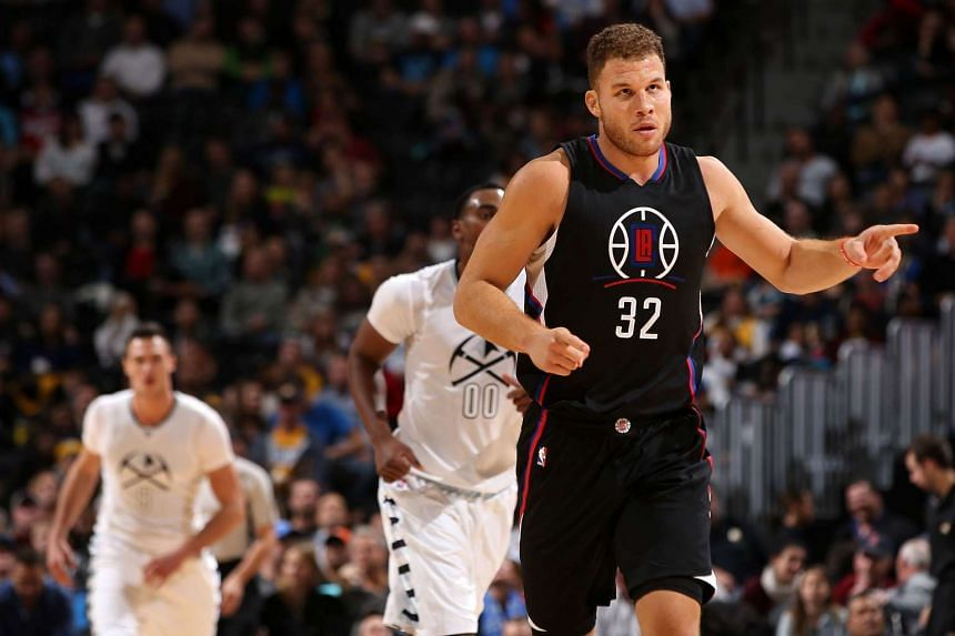 Los Angeles Clippers forward Blake Griffin (right).