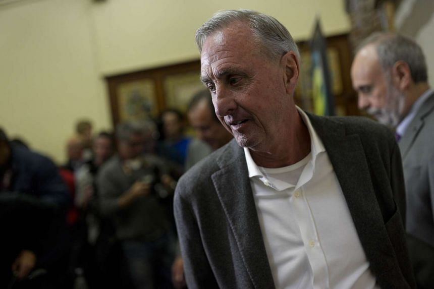 """Dutch football legend Johan Cruyff said that he has received """"very positive"""" results after his treatments."""