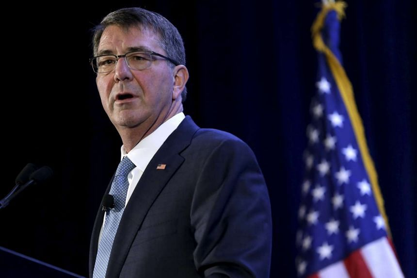 """US Defence Secretary Ash Carter said that Britain must renew its nuclear weapons system if it is to maintain its """"outsized"""" role in world affairs."""