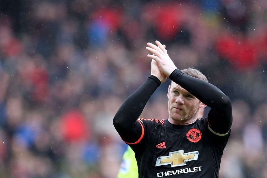 Wayne Rooney reacts after Manchester United's loss to Sunderland on Feb 13, 2016.