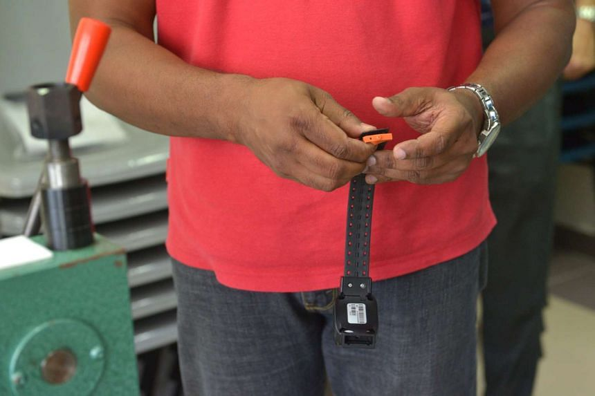 Inmates electronically tagged before they begin their community-based programmes.