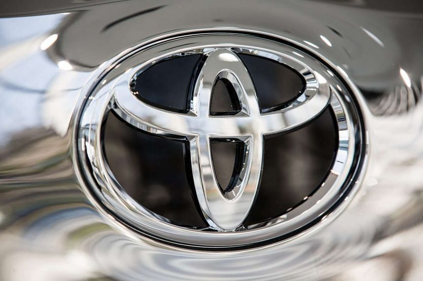 Toyota said it is issuing a global recall of 2.87 million sport utility vehicles because of damaged seatbelts.