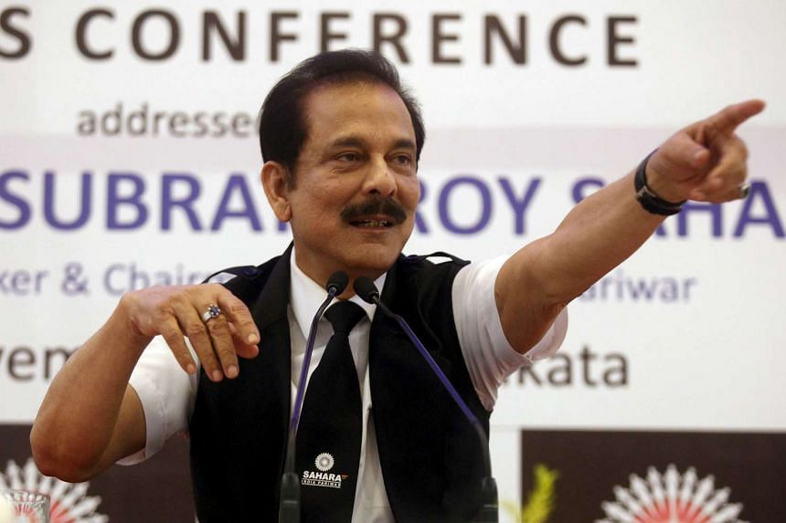 Sahara Group founder Subrata Roy gestures as he speaks during a news conference in Kolkata, India, in this November 29, 2013 file photo.