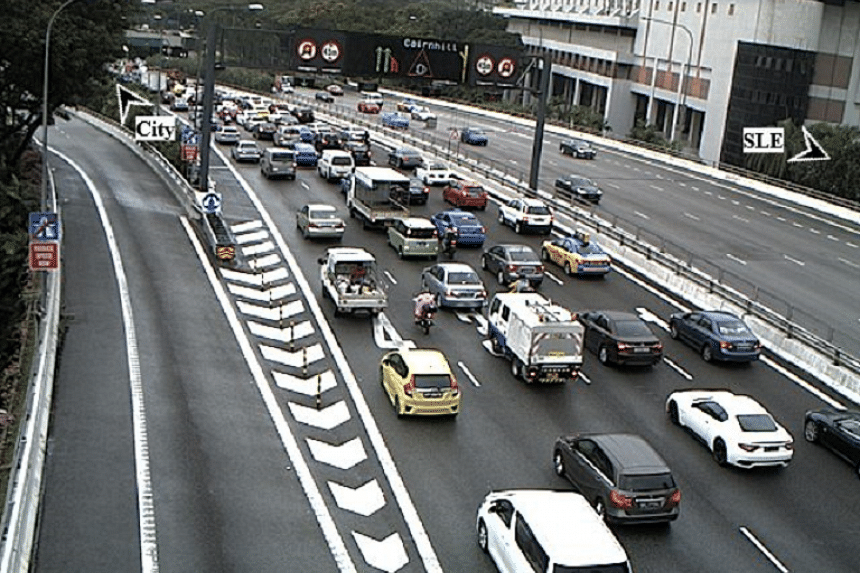 The view from CTE Exit 6 to Bukit Timah Road.