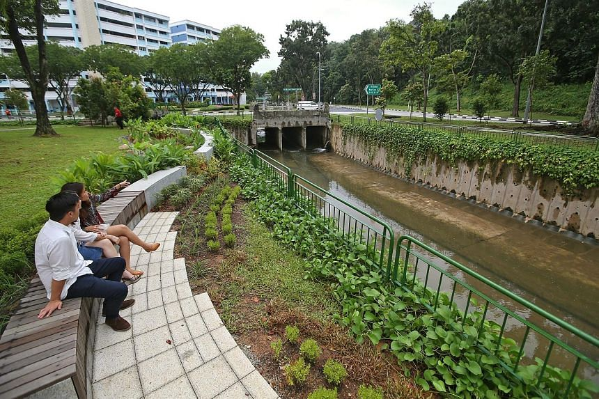 Plants, timber seats and rain gardens have been added to a section of the canal edge along Bukit Batok West Avenues 2 and 4.