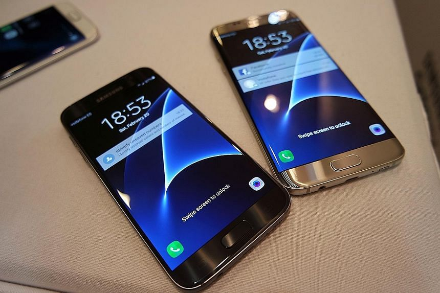 Samsung unveiled its new S7 (left) and S7 edge phones yesterday, a day before the Mobile World Congress in Barcelona, Spain.
