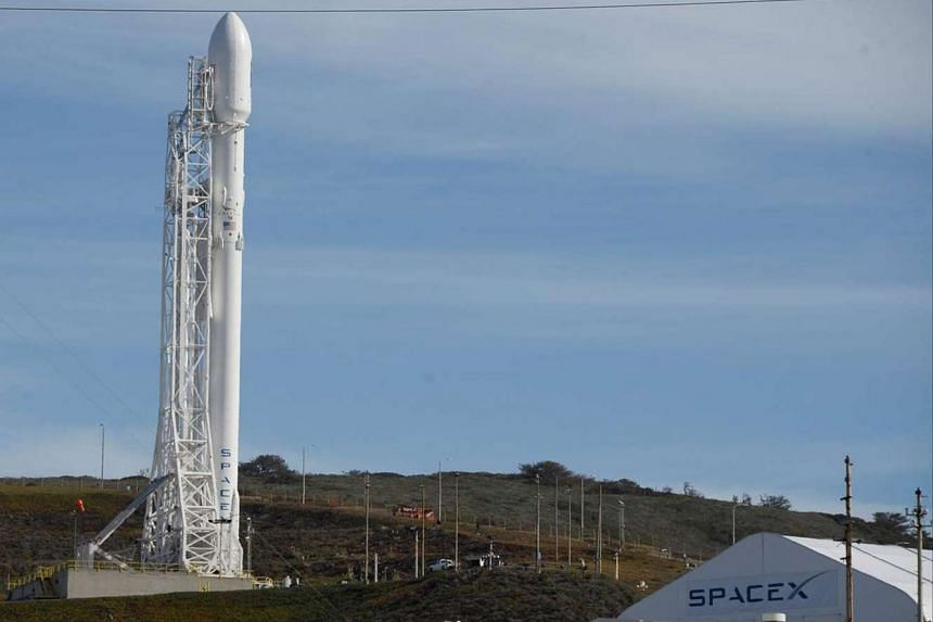A SpaceX Falcon 9 rocket is shown at Vandenberg Air Force Base, California, Jan 16, 2016.
