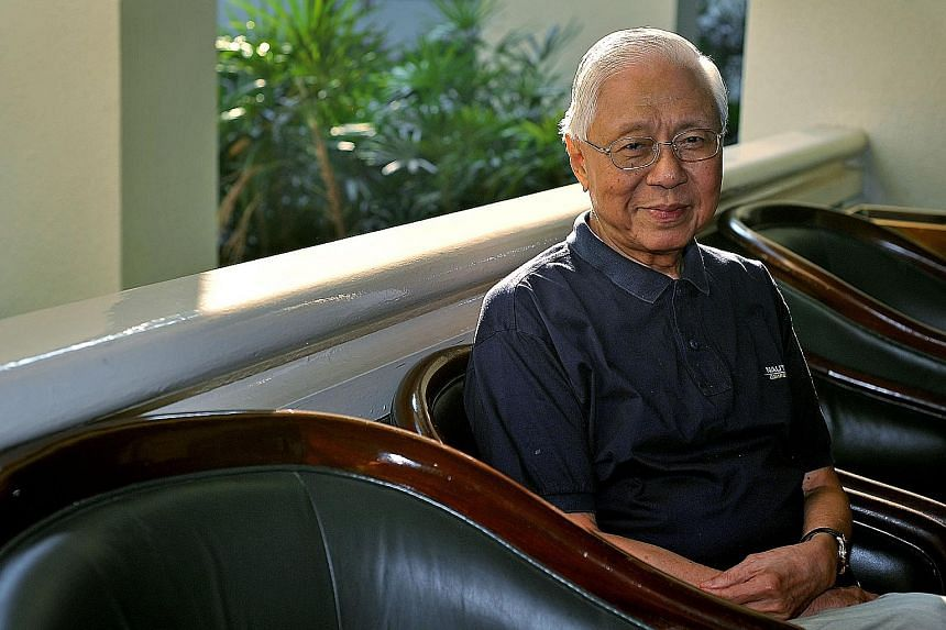 Mr Sia Yong founded the Singa-Sino Friendship Association in 1993 and was its president till he stepped down in 2006.