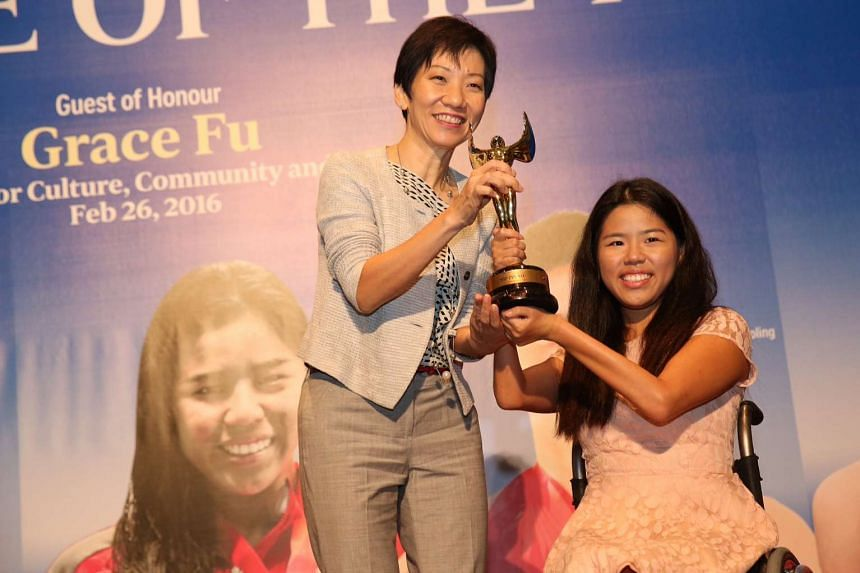 Minister for Culture, Community and Youth Grace Fu  and para-swimmer Yip Pin Xiu.