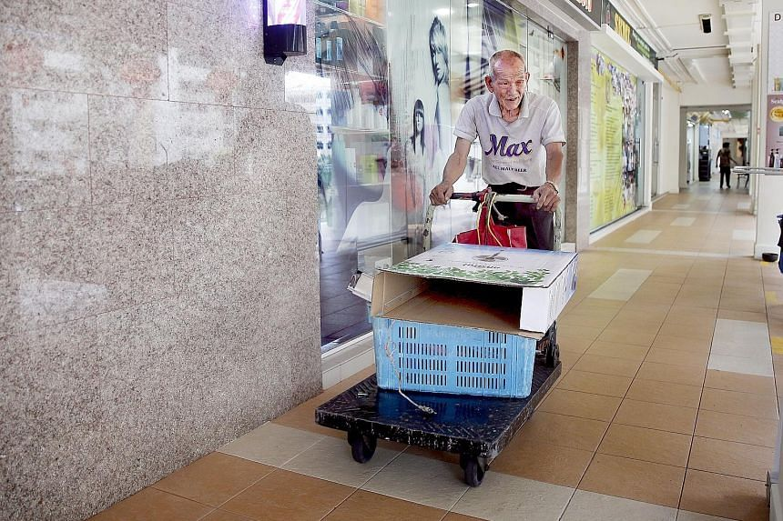 Mr Lee makes his runs at the blocks in Telok Blangah three or four times a week, collecting discarded items, which earn him up to $100 a month.