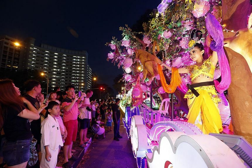 Sembawang residents had a truly close encounter yesterday with this year's Chingay celebrations. The Chinese New Year Float was one of 11 that plied roads in the north. The Chingay @ North 2016 celebrations were in Sembawang GRC, passing through Wood