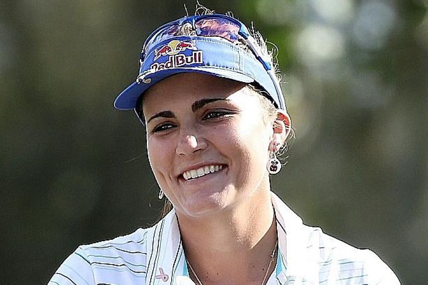 American Lexi Thompson lifted her seventh LPGA title after she hit a final round of 68 for a six-stroke victory in the Thailand tournament yesterday.