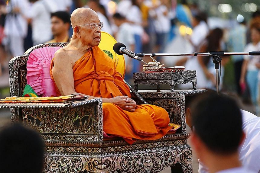 Somdet Phra Maha Ratchamangalacharn is the strongest candidate in the running for the highest post within Thailand's Buddhist clergy. But detractors say the 90-year-old abbot of Wat Pak Nam in Bangkok is too close to a large, controversial temple cal