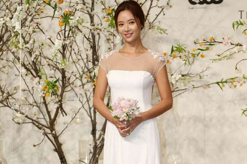 Bride #2: South Korean actress Hwang Jung Eum, who starred in two of last year's most successful K-dramas, She Was Pretty and Kill Me Heal Me, met the media at The Shilla hotel in Seoul last Friday, before her wedding with her boyfriend of about se