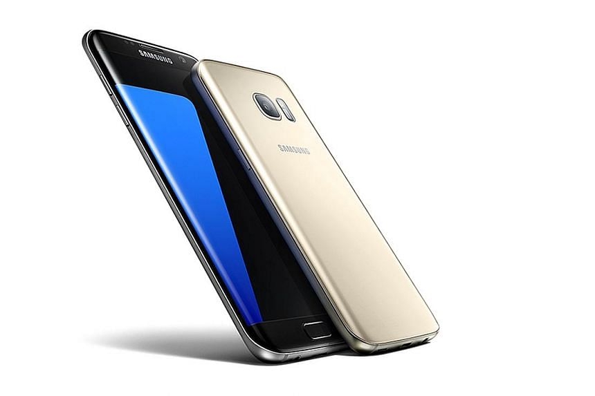 The curved edges on the back of the S7 edge (left) make the phone a lot more comfortable to hold, compared to the S6 edge.