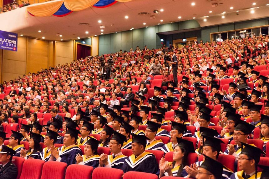 Median salaries for university graduates from NUS, NTU and SMU rose to a new high in 2015.