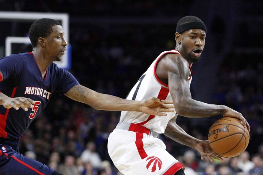 Toronto Raptors forward Terrence Ross (31) is defended by Detroit Pistons guard Kentavious Caldwell-Pope (5) during the second quarter at The Palace of Auburn Hills.