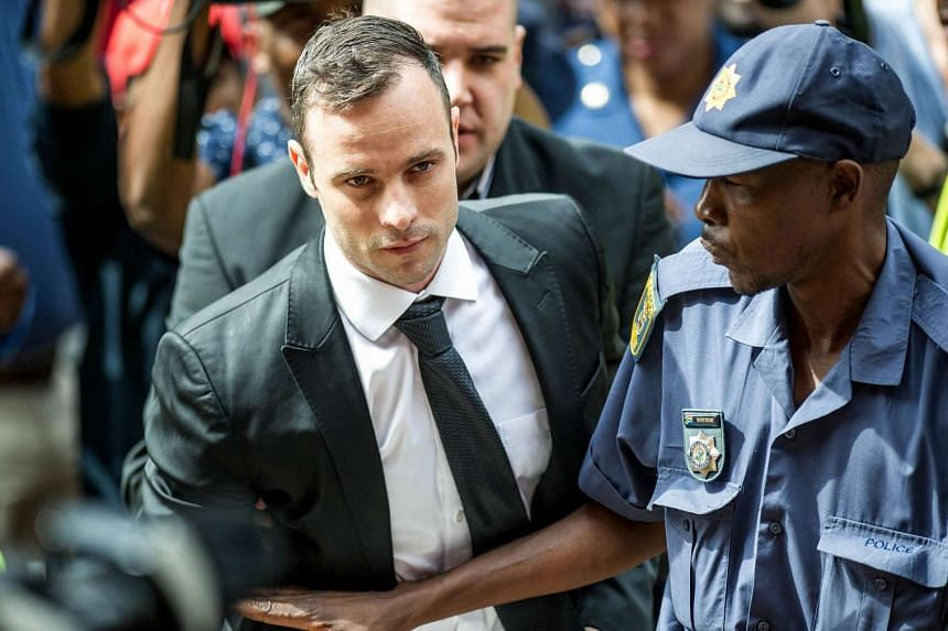 Paralympian Oscar Pistorius arriving to the Pretoria High court for a bail hearing, on Dec 8, 2015.