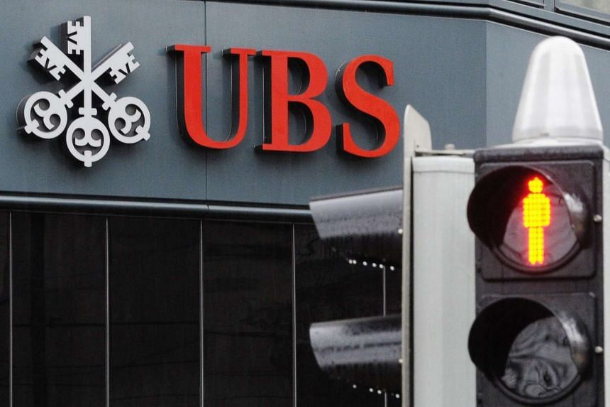 The US has sought to make UBS turn over records on an account in Singapore held by a US citizen.
