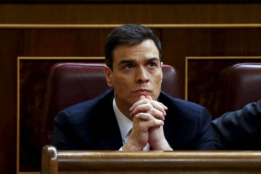 Spain's Socialist Party (PSOE) leader Pedro Sanchez reacts during an investiture debate at the parliament in Madrid, Spain, on March 4, 2016.