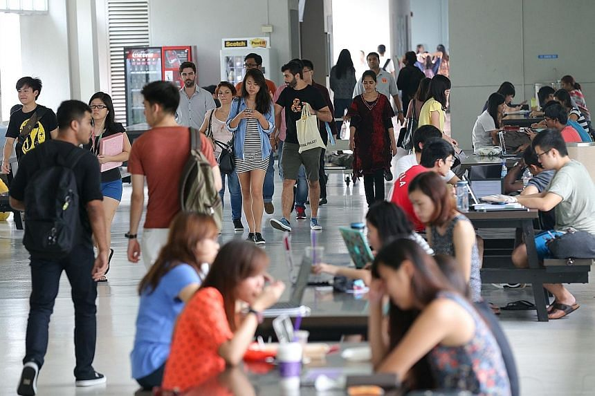 Those going to NTU this year can choose from seven double-major courses that combine arts, social science subjects and business, and lead to a Bachelor of Arts with honours in both majors. The university will offer between 30 and 50 places for each p