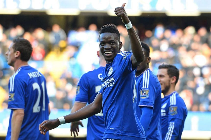 Chelsea's Burkina Faso midfielder Bertrand Traore celebrates after scoring the opening goal.