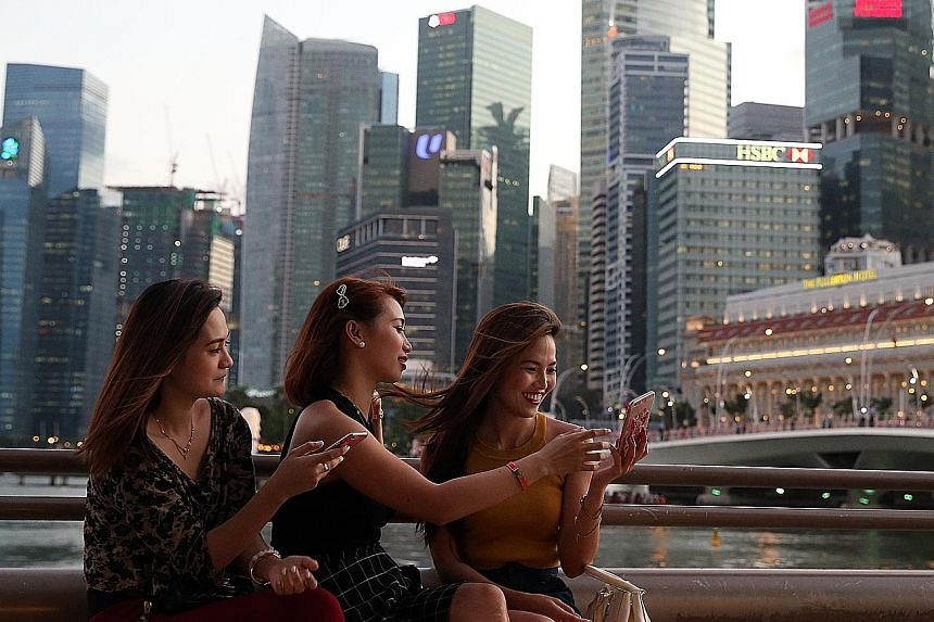 Popular tourist site Marina Bay. The Singapore Tourism Board has forecast little to no growth for the local tourism industry this year due to the weakening global economy and a strong Singapore dollar, which is expected to lead to less tourist spendi