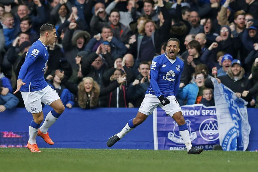 Aaron Lennon celebrates after scoring the second goal for Everton on March 5, 2016.