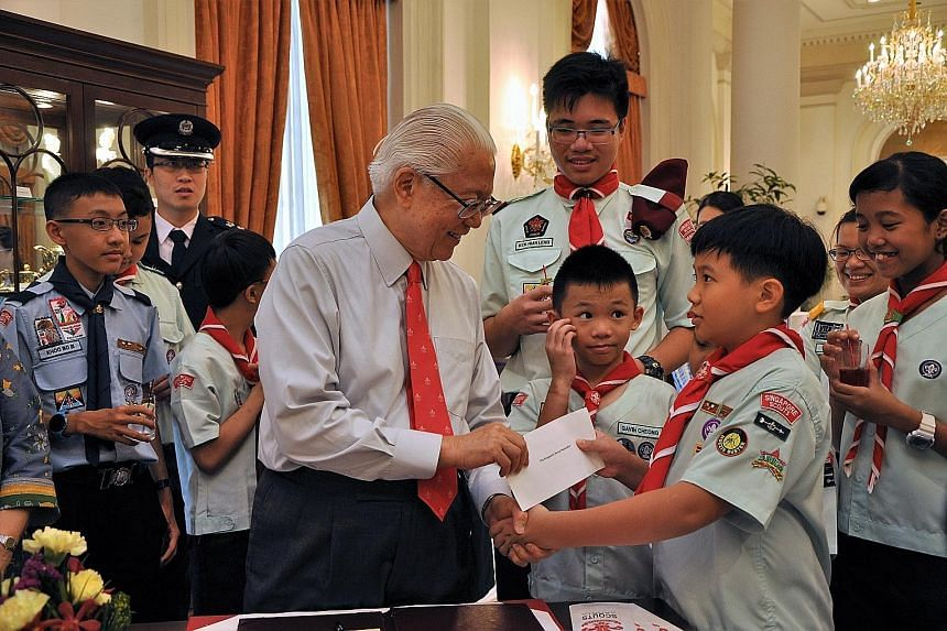 The Istana received a helping hand with its chores from young Scouts yesterday at the launch of the Singapore Scout Association's Job Week. The little helpers did housekeeping jobs around the President's residence such as polishing silverware and wip