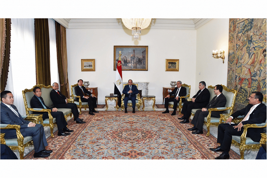 DPM Teo Chee Hean (fourth from left) called on President of Egypt Abdel Fattah Al Sisi (centre) on March 8, 2016 in the Ittihadiya Presidential Palace in Cairo.