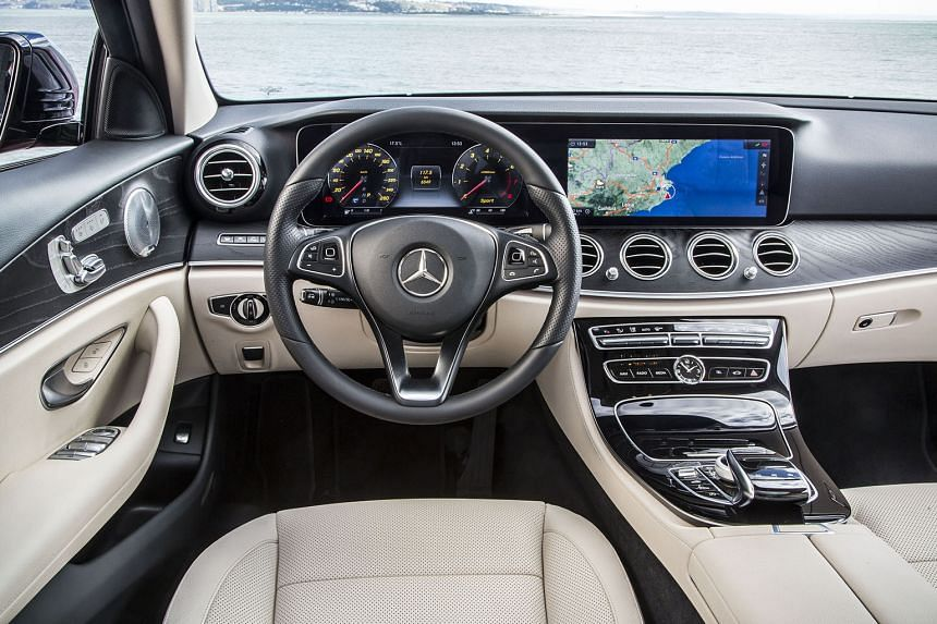 The new Mercedes-Benz E300 allows automatic lane changing.