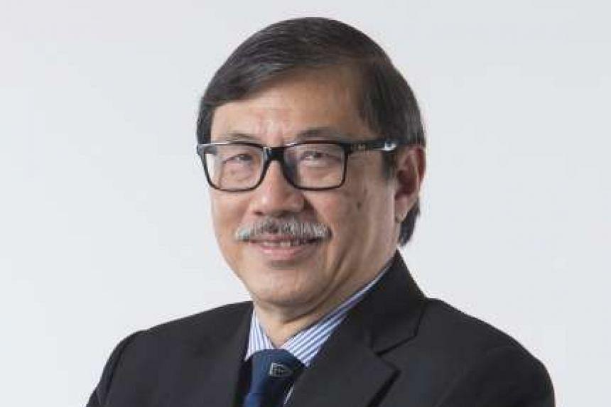 UniSIM Law School dean, Senior Counsel Leslie Chew.