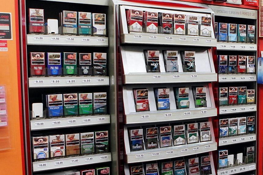 Retailers will have to keep tobacco products out of sight from 2017, following changes to the law approved by Parliament on March 14, 2016.