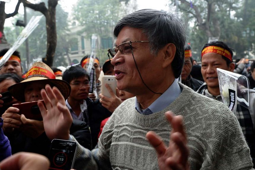 Leading dissident Nguyen Quang A speaking during an anti-China rally in Hanoi, on Feb 16, 2016.