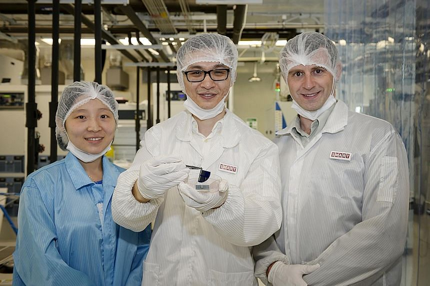 (From left): Dr Serena Lin, research scientist at the Solar Energy Research Institute of Singapore Silicon Photovoltaics Cluster, Smart research engineer Danny Ren and Massachusetts Institute of Technology Photovoltaics Research Laboratory's Prof Buo