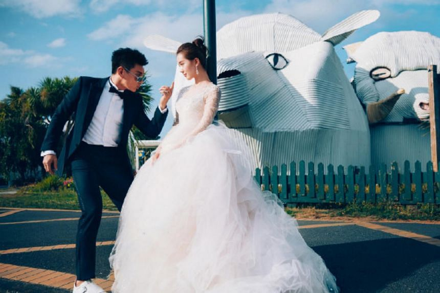 Nicky Wu and Liu Shishi flew to New Zealand for the bridal album.