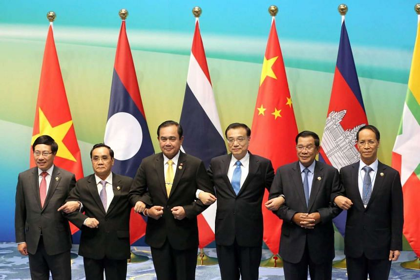 Leaders from China, Myanmar, Laos, Thailand, Cambodia and Vietnam at the Lancang-Mekong cooperation leaders' meeting in Sanya, China on March 23, 2016.