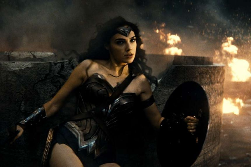To prepare for her role as Wonder Woman, actress Gal Gadot embarked on a regimen of martial arts training and added 7.7kg of muscle to her frame.