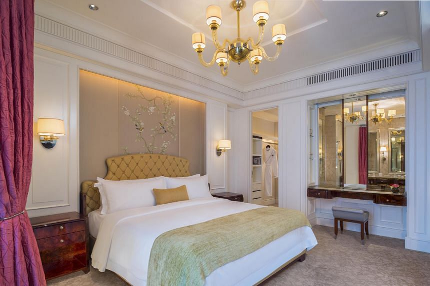 The winner of the lucky draw for Production of the Year (Readers' Choice) will spend a night in the Caroline Astor Suite of The St Regis Singapore.