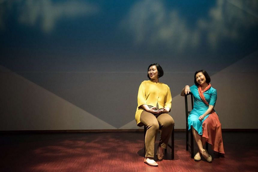 Claire Wong and Noorlinah Mohamed in Recalling Mother, part of Esplanade's The Studios.