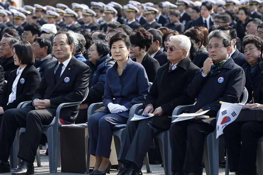 Park Geun Hye (centre) at a memorial ceremony at the Daejeon National Cemetery, to commemorate South Korean soldiers killed in the Yellow Sea during clashes with North Korea.