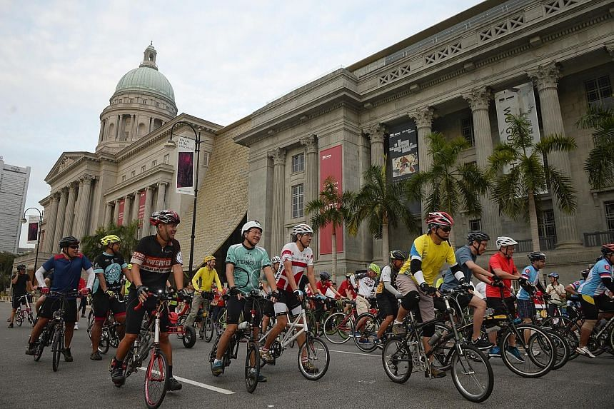 Cyclists enjoying a ride along St Andrew's Road in front of the National Gallery yesterday in the second Car-Free Sunday.