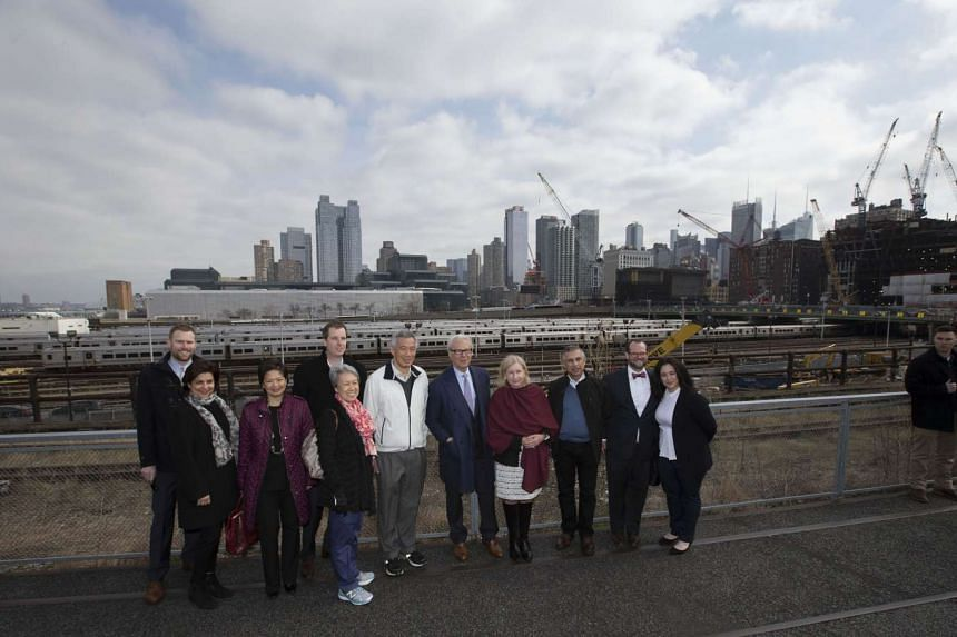 Prime Minister Lee Hsien Loong and Mrs Lee at the New York High Line on March 27, 2016.