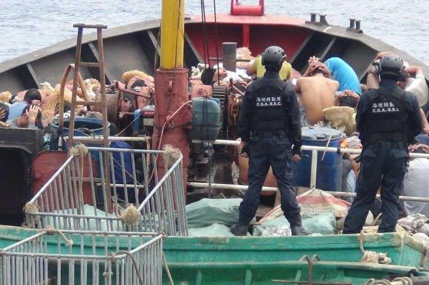 A Chinese fishing boat and its crew were detained on March 23, 2016 for illegally harvesting coral and endangered turtles around the Taiwan-controlled Pratas Islands in the disputed South China Sea.
