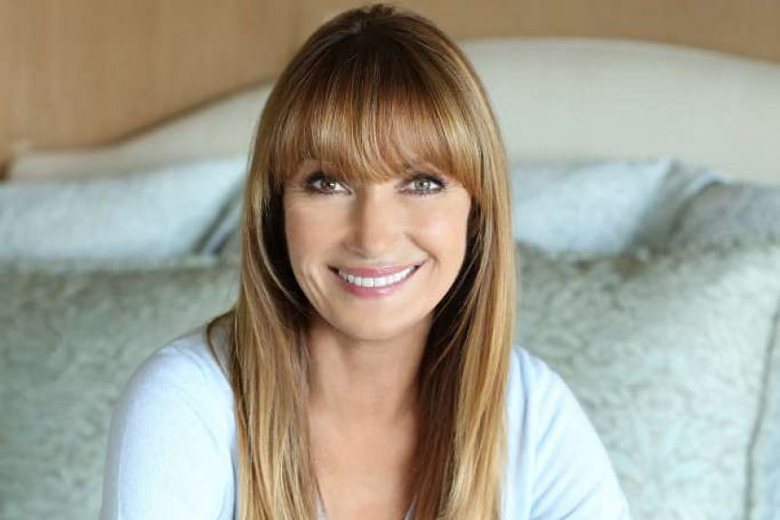 Actress Jane Seymour had her breasts reshaped and eyelids fixed 24 years ago, and has done nothing else since then.