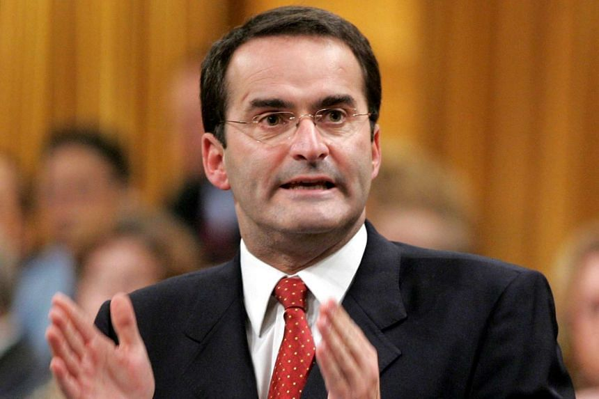 The chartered plane Mr Jean Lapierre was travelling in crashed in bad weather.