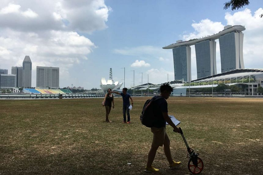 Haze outlook near Marina Bay at 1.05pm on March 30, 2016.